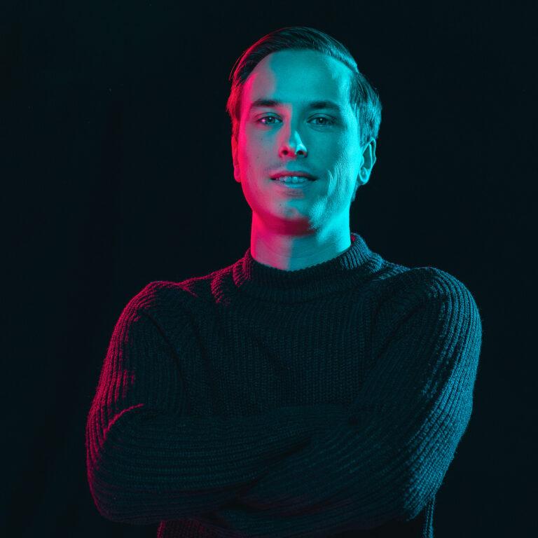 Dylan online marketeer - Endeavour Heroes
