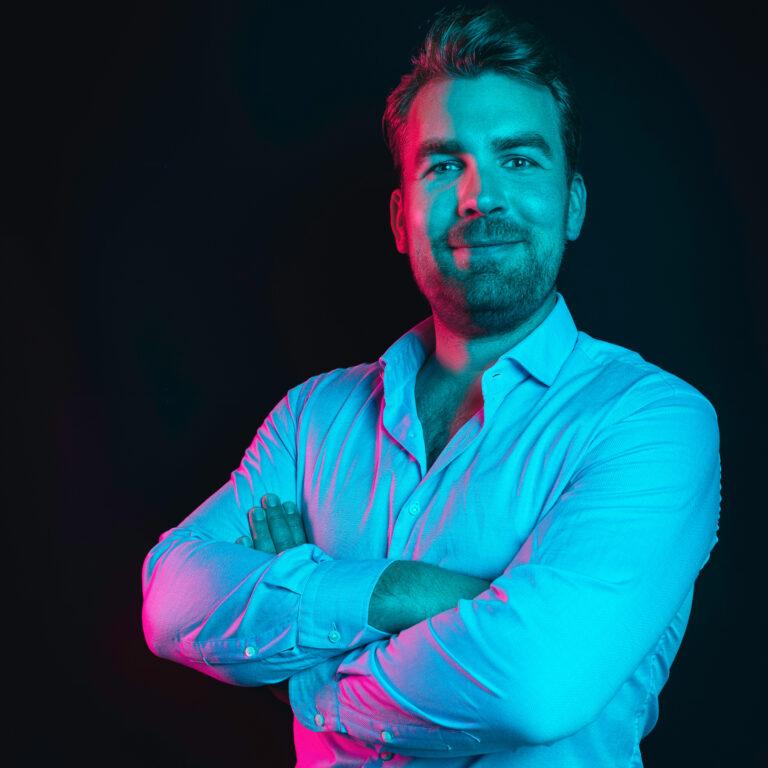 barend online marketing specialist - Endeavour Heroes