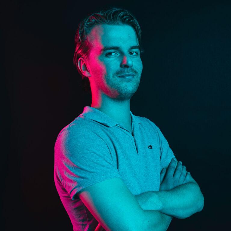 emile online marketing specialist -- Endeavour Heroes